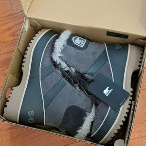NEW Sorel Tivoli II waterproof suede leather boots